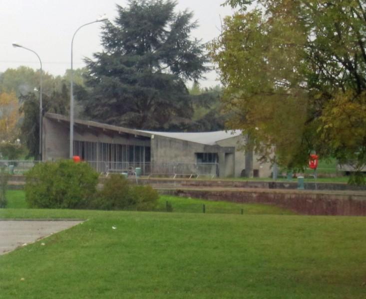 Le-Corbusier-Schleuse1